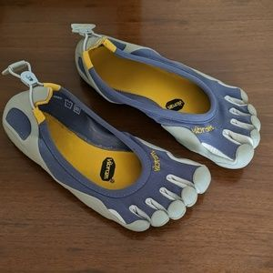 Vibram toe shoes W41